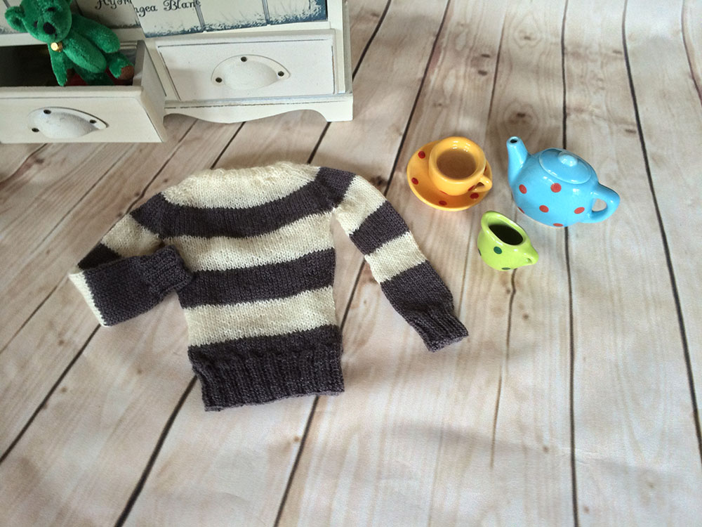 Knitting for Ball jointed Dolls