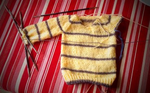 © MizouBJD SD Sweater Yellow and grey stripe - one sleeve near completion - 28 June 2014